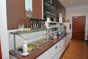 Das Buffet der Mitarbeiterküche