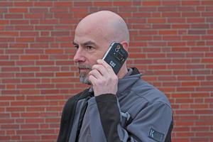 """Das """"S60"""" ist kein High-End-Smartphone, bietet aber solide Funktionalität in einem sehr robusten Gehäuse"""