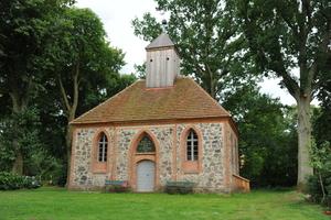 Sonderpreise gab es für die kleine Kirche Darsikow in Temnitzquell/Rägelin
