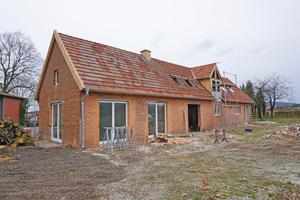 """Dieser ehemalige Stall wird zu einem Wohnhaus umgebaut. Im Sommer 2017 soll er bezugsbereit sein<span class=""""bildnachweis"""">Fotos: Stephan Thomas</span>"""