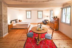 """Blick in eines der Zimmer in dem zum Hotel umgebauten Fachwerkgebäude in Arnstadt<span class=""""bildnachweis"""">Fotos: Jan Kobel</span>"""