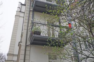 Kaiser-Ludwig-Platz-balkone