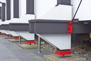 """Farben von Keim schützen die wiederhergestellte Fassade<span class=""""bildnachweis"""">Fotos: Hartmut Witte</span>"""