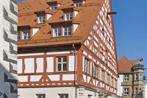 """Die instand gesetzte historische Fachwerkfassade der """"Alten Vogtei"""" in Wolframs-Eschenbach<span class=""""bildnachweis"""">Foto: DSD / Wagner</span>"""