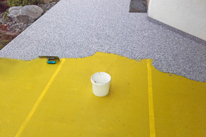 """Mitte: Der """"Steinteppich"""" muss frisch-in-frisch und zügig verarbeitet werden"""