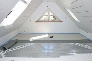 Trockenestrich-Elemente auf einer FußbodenheizungFotos und Grafiken: Fermacell