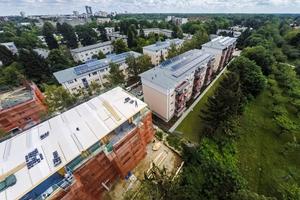 Aus einer Hand: Für das Großprojekt in Lichterfelde Süd wurden die verbauten Dämmplatten, Putze und Farben über den Berliner CMS-Großhändler Knittel bezogen