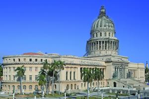 """Das Kapitol in Havanna – das größte Gebäude seiner Art weltweit – während der Restaurierungsarbeiten<span class=""""bildnachweis"""">Fotos: Eddos std</span>"""