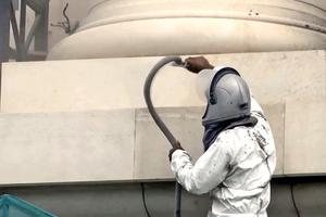 Reinigung der Fassade im rotec Softstrahlverfahren