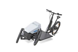 Dank der Neigetechnik ist das Lastenrad besonders agil und wendig