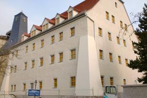 Kellenwurfputz Altes-Salzamt in Bad Dürrernberg: Bei der Kellenwurf-Putztechnik kommt es besonders auf das Können des Handwerkers an