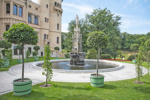 Die kaiserlichen Wasserspiele setzen nach der Sanierung wieder strahlende Akzente im Babelsberger Schlosspark