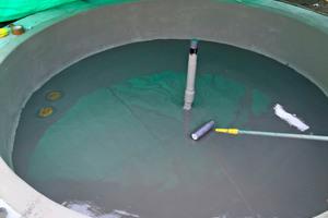 Insgesamt sechs Brunnenanlagen wurden mit der Systemlösung auf Basis von Polymthylmethacrylat (PMMA) zuverlässig abgedichtet