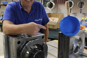 In diesen Werkzeugformen werden die Kunststoffbehälter hergestellt
