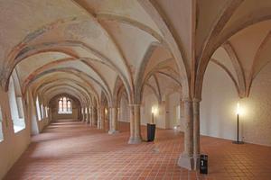 Der Lange Saal, auch als Sommerrefektorium bezeichnet, gilt als der älteste Teil des Klosters