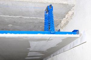 Die UK der Decke im ersten OG besteht aus besonders korrosionsgeschützten Rigips-Profilen