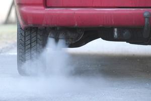 Älteren Nutzfahrzeugen mit Dieselmotoren mit Euro 5 und schlechter droht in vielen deutschen Innenstädten Fahrverbot