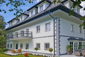 Das Viktringer Gutshaus wurde komplett saniert. Die beiden Balkone erhielten einen langlebigen Schutz vor eindringender Feuchtigkeit