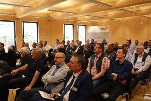 Etwa 30 Teilnehmer kamen zum Erlus Forum 2018 ans Zentrum Holz in Olsberg<br /><br />