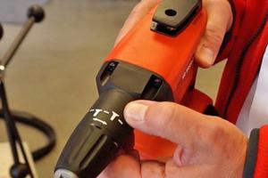 Hilti liefert den Trockenbauschrauber mit Tiefenanschlag für die Verarbeitung von losen Schrauben