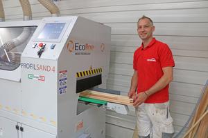 Die neue Schleifmaschine von Ecoline im Kompetenzzentrum Holzoberfläche von Remmers in Löningen⇥Foto: Remmers