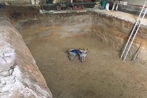 Die Grube für den Keller...