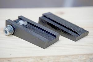 Früher Prototyp mit Lego-Technik Zahnrad und handgesägter Zahnstange