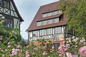 Der Denkmalschutz forderte den Erhalt der Fassade des denkmalgeschützten Fachwerkhauses in Gärtringen. Deshalb kam zur energetischen Sanierung nur eine Innendämmung infrage