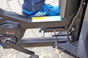 Mit einem Fußhebel lässt sich die Neigefunktion des ProCargo CT1 sperren