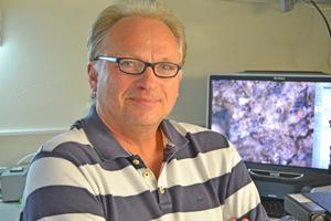 Dr. Thomas Warscheid ist Wissenschaftler und Gutachter auf dem Gebiet der Werkstoffmikrobiologie sowie Inhaber und Leiter des LBW-Bioconsult Foto: LBW-Bioconsult