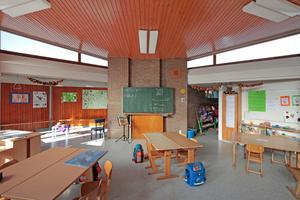 Klassenzimmer nach Abschluss der Sanierungsarbeiten Foto: Benedikt Kraft / DBZ