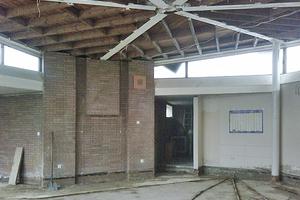 Rechts: Klassenzimmer während der Sanierungsarbeiten Foto: Pfeiffer . Ellermann . Preckel Architekten und Stadtplaner