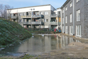 Der Gebäudesockel muss besonders vor Wasser geschützt werden