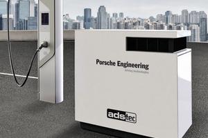 """Schnellladesäule """"HPC-Dispenser"""" (links) mit Speichersystem """"HPC-Booster"""" (rechts)"""
