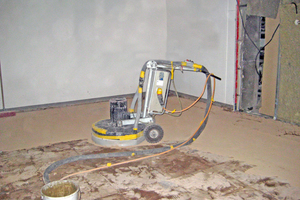 Die richtige und gründliche Untergrundvorbereitung ist für das Gelingen jeder Sanierung unabdingbar