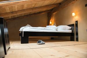 "Bett unterm Dach im ""Bergfried"""