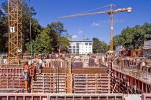 Baustellen sind gefährliche Arbeits-plätze, deshalb sollten Arbeitgeber Vorkehrungen für die Sicherheit ihrer Mitarbeiter treffen