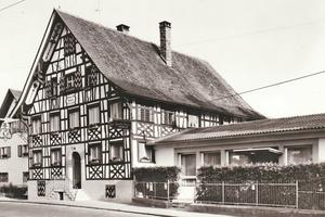 """Historische Aufnahme des Traditionsgasthofs Krone in Hard<span class=""""bildnachweis"""">Foto: Risch Lau</span>"""
