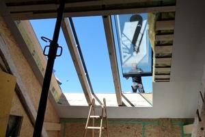 Einbau der Dach-flächenfenster<br />
