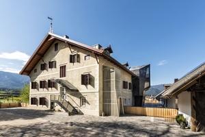 Der schon 1304 erwähnte Südtiroler Niedermairhof wurde zu einem modernen Bed &amp; Breakfast im historischen Gewand umgebaut<br />