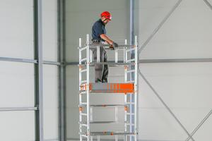 """Der """"SoloTower"""" ermöglicht sicheres Arbeiten bis in 6m Höhe"""