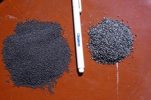 Strahlmittel: Stahlkugeln und Stahlgranulat
