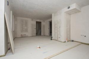 "Rechts: Bodenaufbau mit Estrichelement ""2 E 32""Fotos: James Hardie Europe"