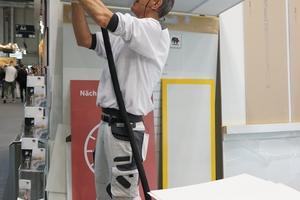 """Die Firma Caparol zeigte mit """"CapaCoustic RasterFiXX"""" ein vollkommen neues System zur professionellen Renovierung von Rasterdecken, mit dem eine enorme optische Verbesserung erreicht wird"""