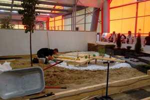 Pflanzen, pflastern, tischlern: Die deutschen LandschaftsgärtnerJulian Maier und Niklas Sedlmayr beweisen im Wettkampf vielseitige Talente