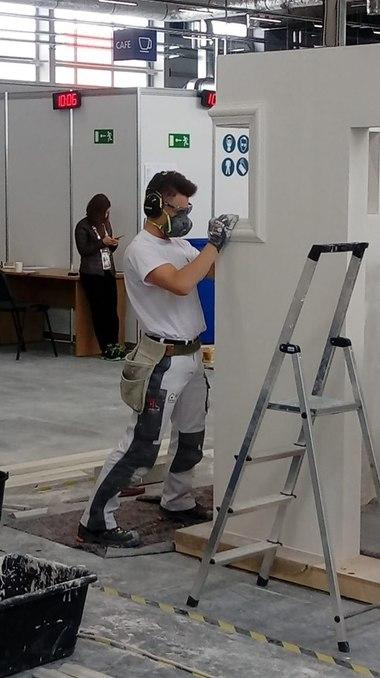 Montag, 26.8.2019 Der letzte Wettbewerbstag der WorldSkills 2019 in Kazan hat begonnen, der deutsche Stuckateur Tobias Schmider gibt noch einmal alles<br />
