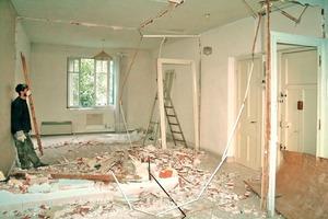 Sanierungs- und Renovierungsarbeiten wirbeln meist viel Staub auf. Soll sich dieser nicht in der gesamten Wohnung verteilen, bedarf es entsprechender Staubschutzsysteme<br />