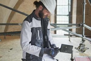 Eine eigene Produktentwicklungsabteilung greift Anforderungen und Ideen von Handwerkern auf...