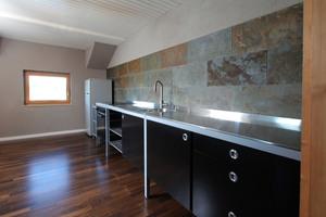 Die Küche nach Abschluss der Sanierungs- und Umbauarbeiten