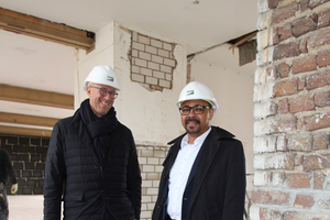 Die Gesellschafter-Geschäftsführer Georg Wilms (links) und Ingo Reifgerste haben ihr Unternehmen so aufgestellt, dass sie auch bei schwacher Baukonjunktur noch agieren können statt nur zu reagieren